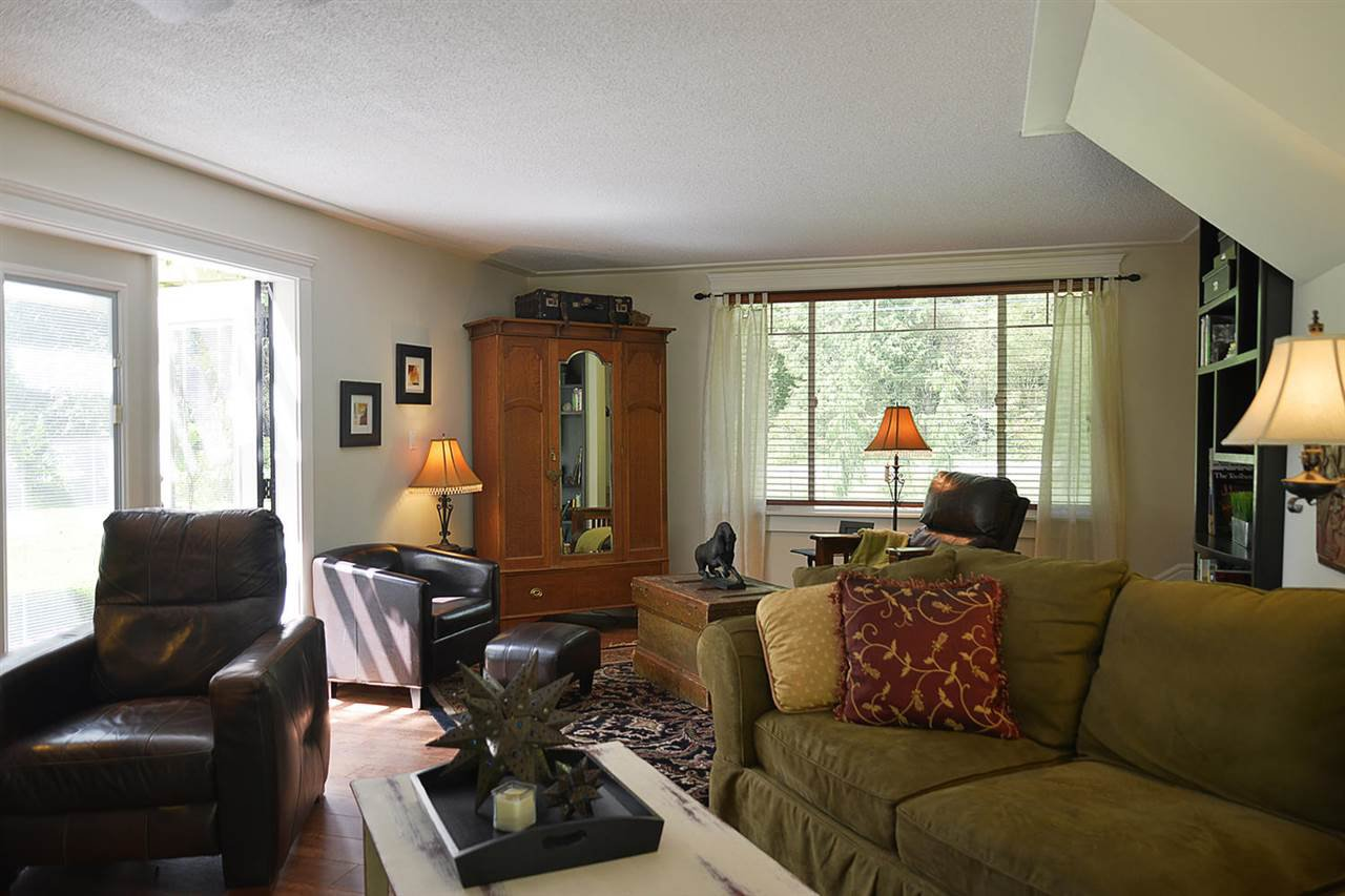 Photo 11: Photos: 5760 MASON Road in Sechelt: Sechelt District House for sale (Sunshine Coast)  : MLS®# R2090042