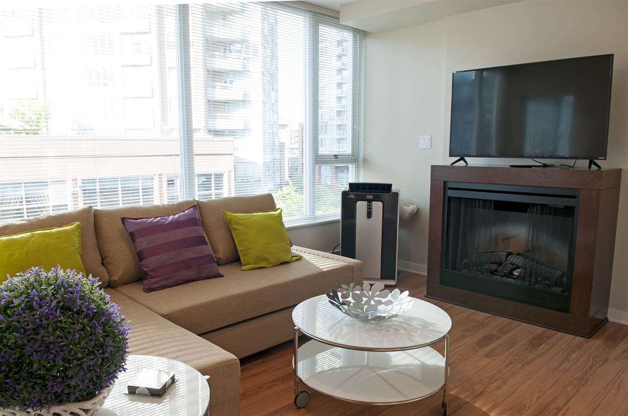 Main Photo: 615 618 ABBOTT Street in Vancouver: Downtown VW Condo for sale (Vancouver West)  : MLS®# R2119438