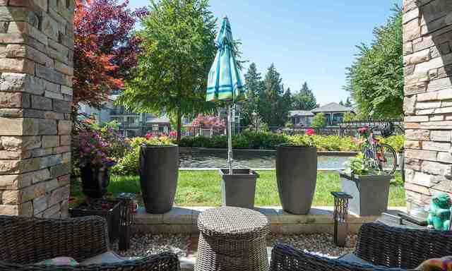 Main Photo: 116 15195 36 Avenue: White Rock Condo for sale (South Surrey White Rock)  : MLS®# R2192480
