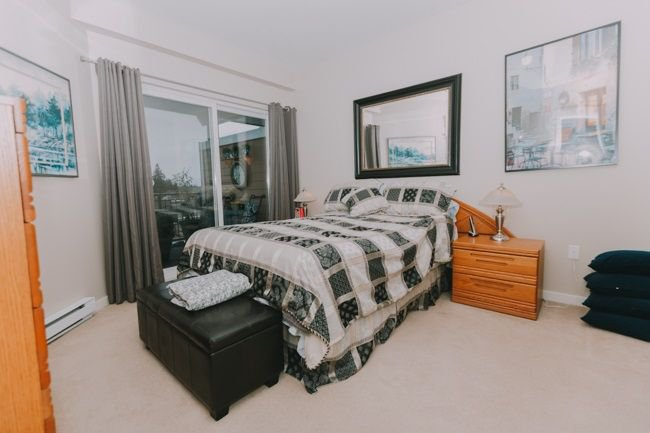 "Photo 11: Photos: 311 12350 HARRIS Road in Pitt Meadows: Mid Meadows Condo for sale in ""KEYSTONE"" : MLS®# R2237995"