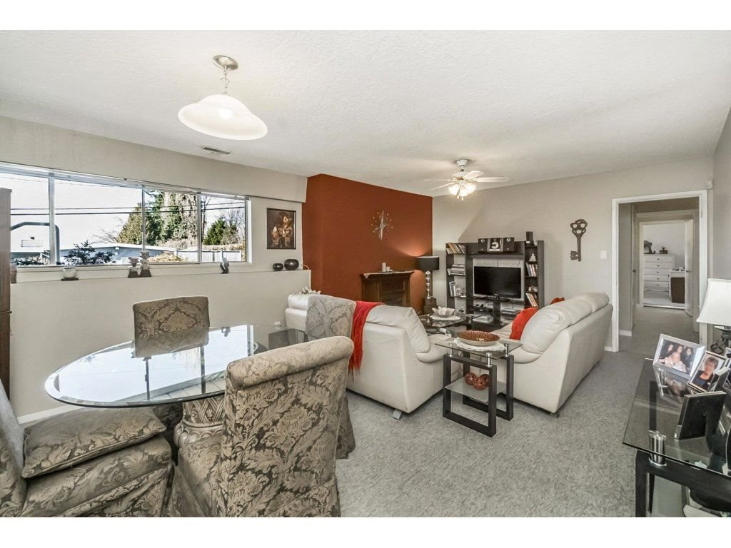 Photo 12: Photos: 343 RICHARD Street in Coquitlam: Coquitlam West House for sale : MLS®# R2247858