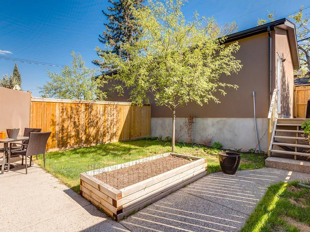 Photo 43: Photos: 207 25 Avenue NW in Calgary: Tuxedo Park House for sale : MLS®# C4185003