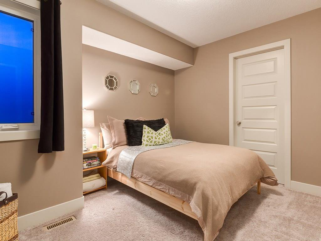 Photo 31: Photos: 207 25 Avenue NW in Calgary: Tuxedo Park House for sale : MLS®# C4185003