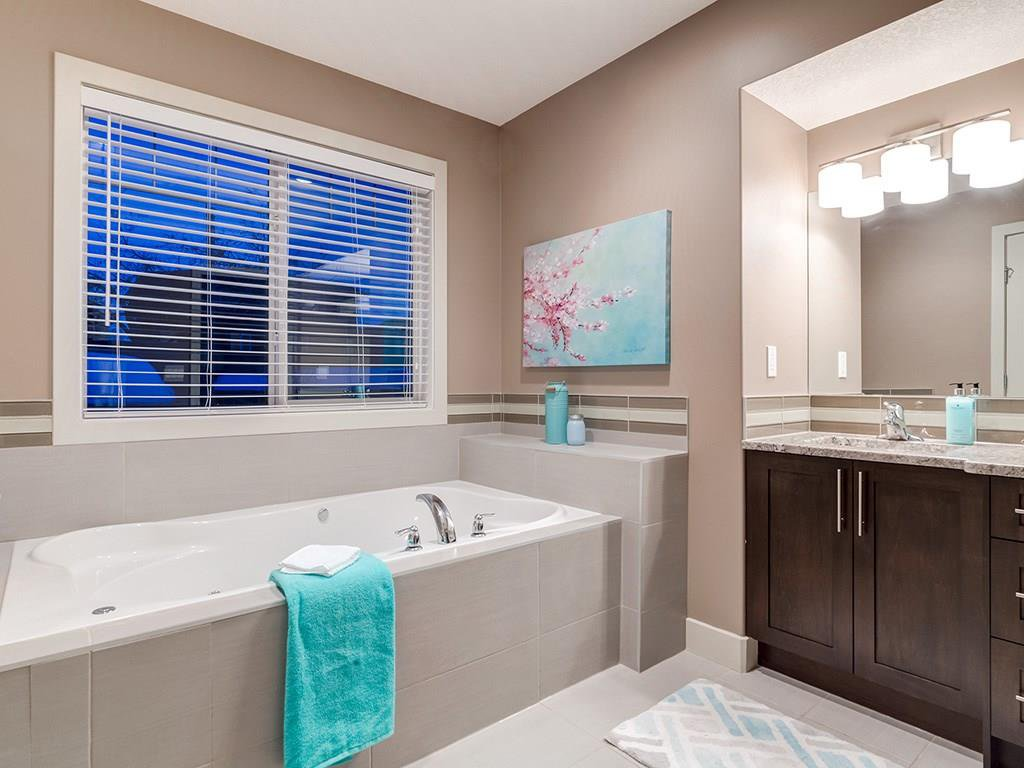 Photo 25: Photos: 207 25 Avenue NW in Calgary: Tuxedo Park House for sale : MLS®# C4185003