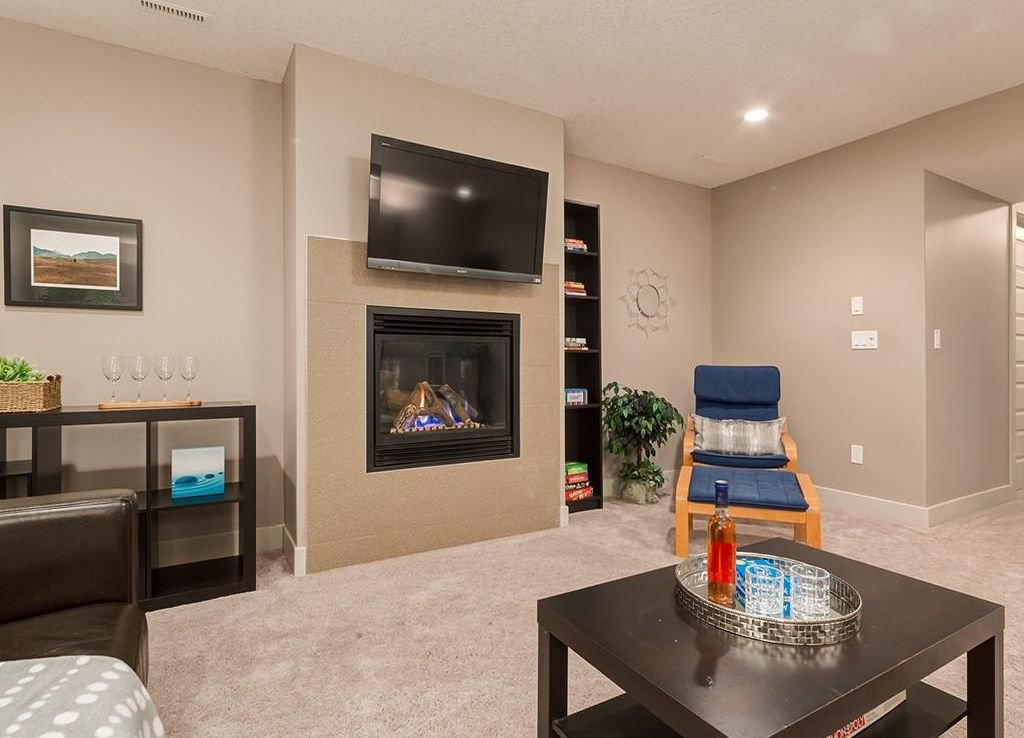 Photo 39: Photos: 207 25 Avenue NW in Calgary: Tuxedo Park House for sale : MLS®# C4185003