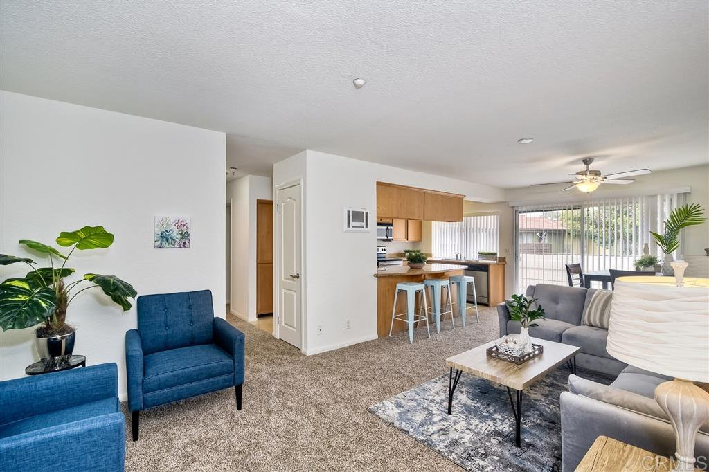 Main Photo: OCEANSIDE Condo for sale : 2 bedrooms : 615 Fredricks ave #154