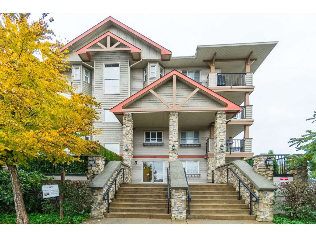 """Main Photo: 414 5438 198 Street in Langley: Langley City Condo for sale in """"CREEKSIDE ESTATES"""" : MLS®# R2411784"""