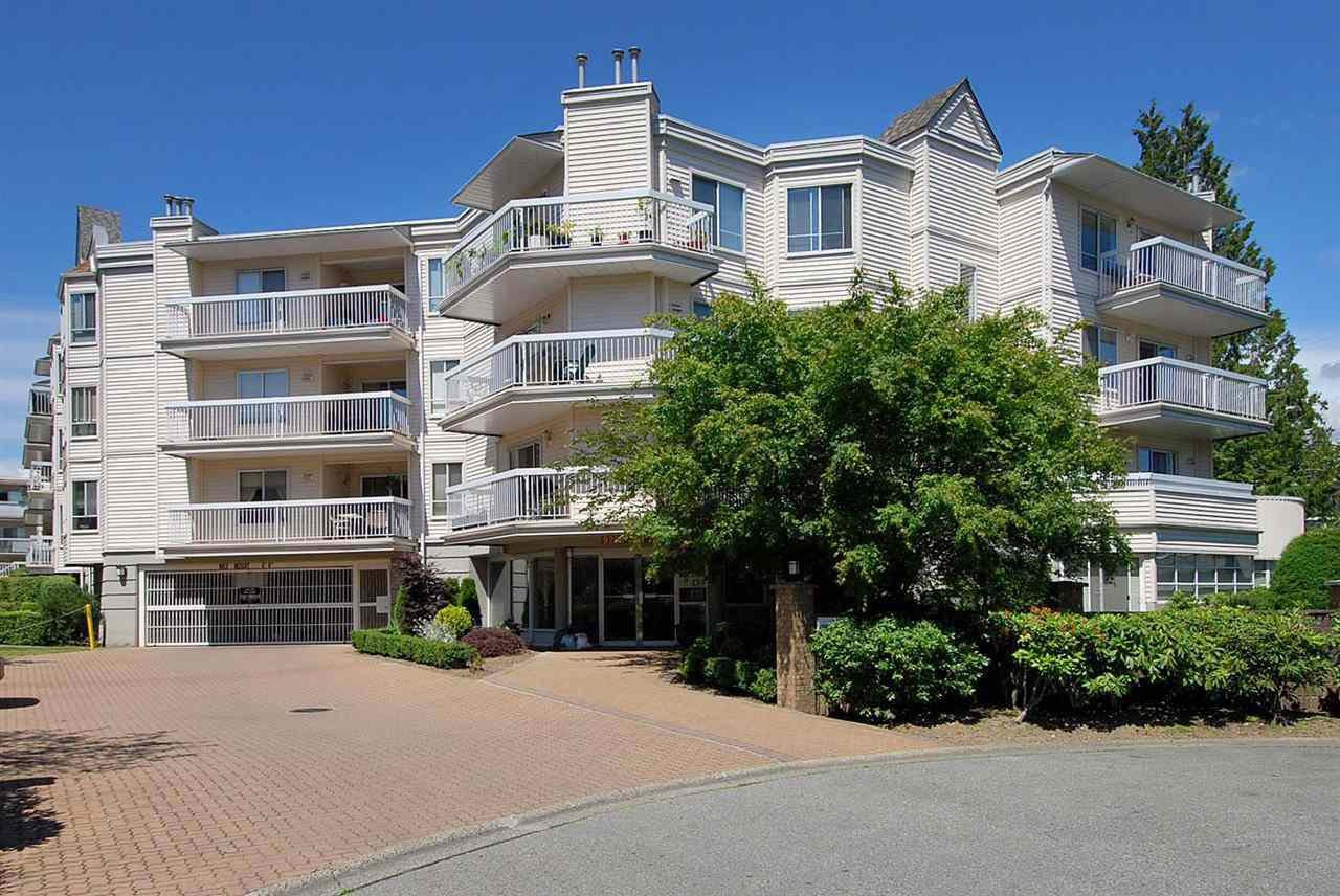 "Main Photo: 316 9299 121 Street in Surrey: Queen Mary Park Surrey Condo for sale in ""Huntington Gate"" : MLS®# R2437655"