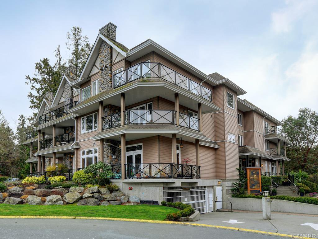 Main Photo: 206 2326 Harbour Rd in Sidney: Si Sidney North-East Condo for sale : MLS®# 841472