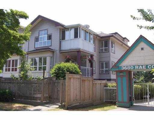 Main Photo: : House for sale : MLS®# V774110