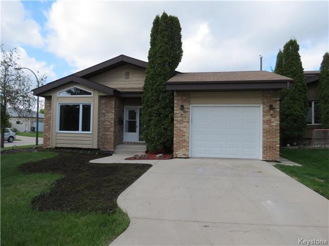Main Photo: 34 Kinsbourne Green in WINNIPEG: St Vital Residential for sale (South East Winnipeg)  : MLS®# 1413509