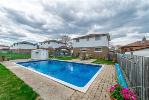 Main Photo: 169 Lynnbrook Drive in Toronto: Woburn House (2-Storey) for sale (Toronto E09)  : MLS®# E3188543