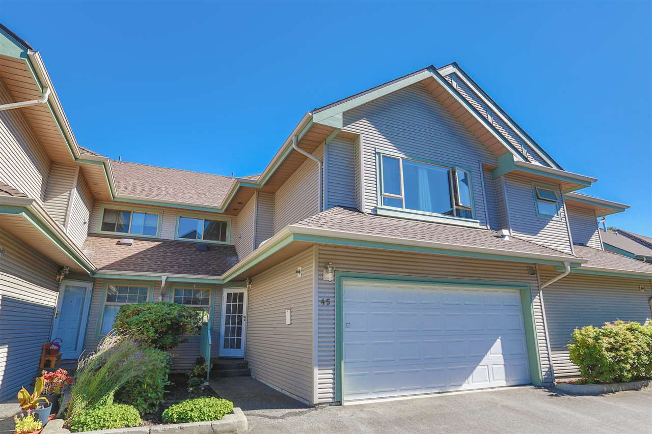 "Main Photo: 45 1255 RIVERSIDE Drive in Port Coquitlam: Riverwood Townhouse for sale in ""RIVERWOOD GREEN"" : MLS®# R2004317"
