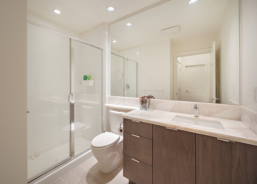"""Photo 10: Photos: 211 3138 RIVERWALK Avenue in Vancouver: Champlain Heights Condo for sale in """"SHORELINE"""" (Vancouver East)  : MLS®# R2078586"""