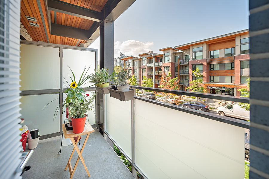 """Photo 11: Photos: 211 3138 RIVERWALK Avenue in Vancouver: Champlain Heights Condo for sale in """"SHORELINE"""" (Vancouver East)  : MLS®# R2078586"""