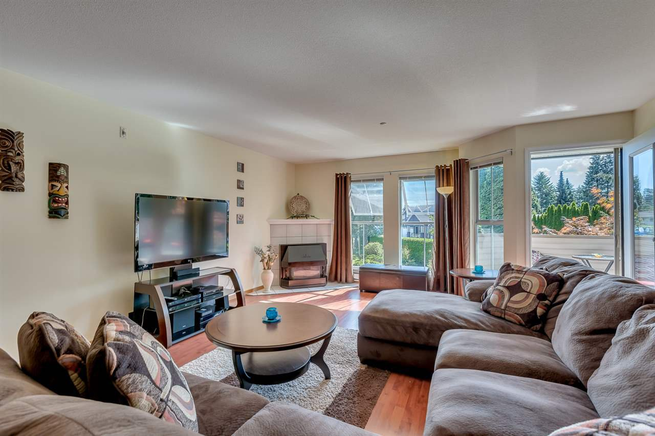 Main Photo: 28 19060 FORD Road in Pitt Meadows: Central Meadows Townhouse for sale : MLS®# R2089924