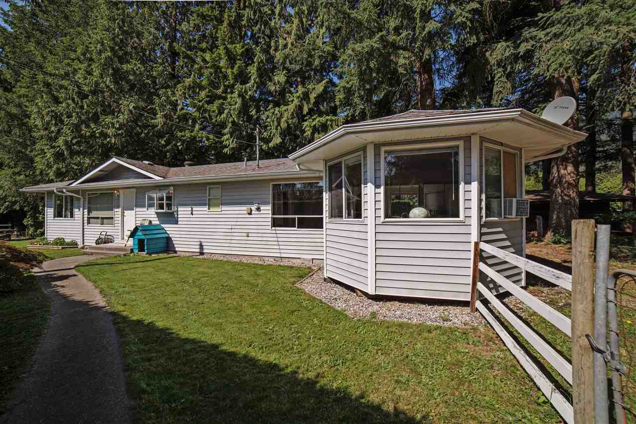 Main Photo: 9633 HESS Road in Mission: Dewdney Deroche House for sale : MLS®# R2096499