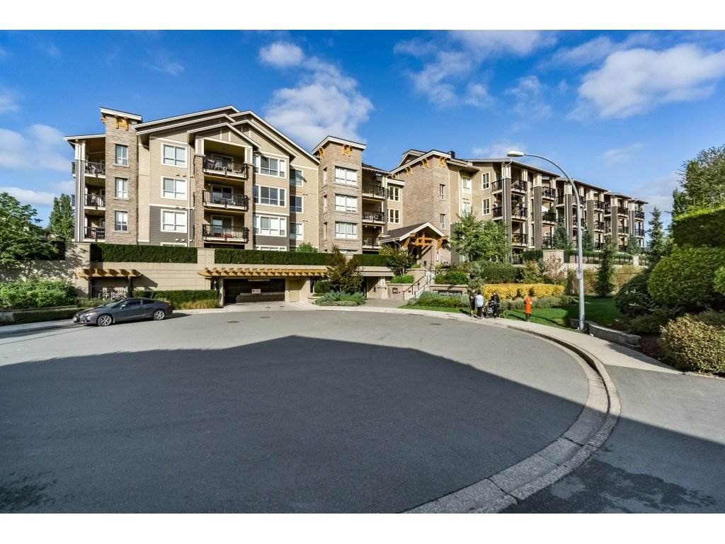 "Main Photo: 113 5655 210A Street in Langley: Salmon River Condo for sale in ""CORNERSTONE NORTH"" : MLS®# R2111781"