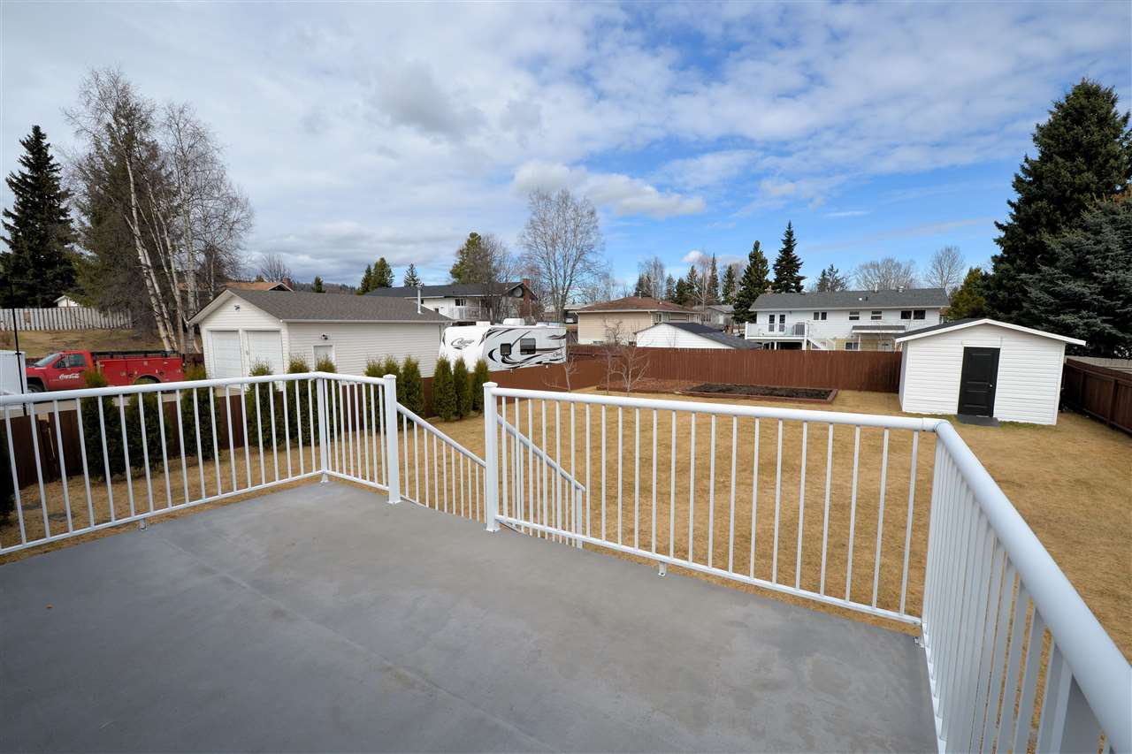 """Photo 18: Photos: 974 INEZ Crescent in Prince George: Lakewood House for sale in """"LAKEWOOD"""" (PG City West (Zone 71))  : MLS®# R2154434"""