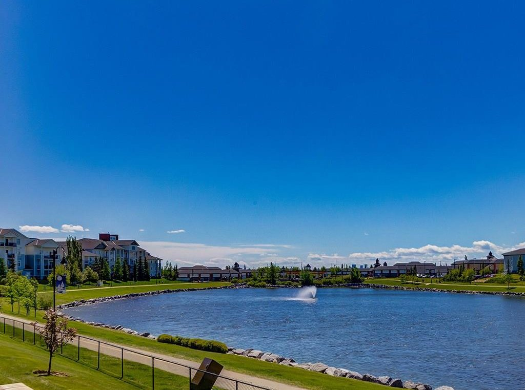 Photo 23: Photos: 403 156 COUNTRY VILLAGE Circle NE in Calgary: Country Hills Village Condo for sale : MLS®# C4120632