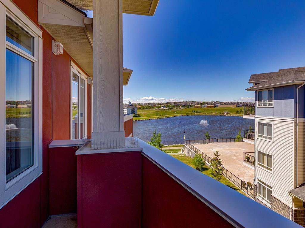 Photo 22: Photos: 403 156 COUNTRY VILLAGE Circle NE in Calgary: Country Hills Village Condo for sale : MLS®# C4120632