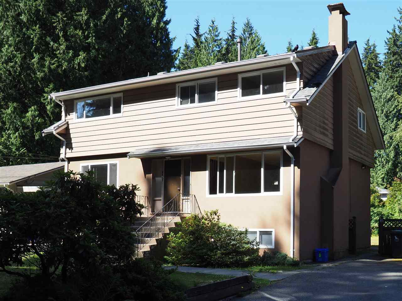 Main Photo: 4665 UNDERWOOD Avenue in North Vancouver: Lynn Valley House for sale : MLS®# R2193504