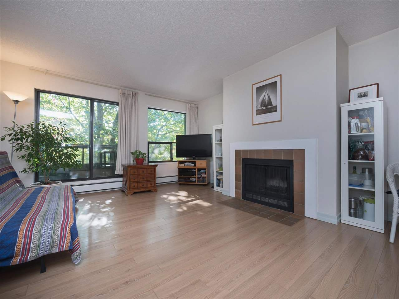 "Main Photo: 219 8591 WESTMINSTER Highway in Richmond: Brighouse Condo for sale in ""LANSDOWNE GROVE"" : MLS®# R2214608"