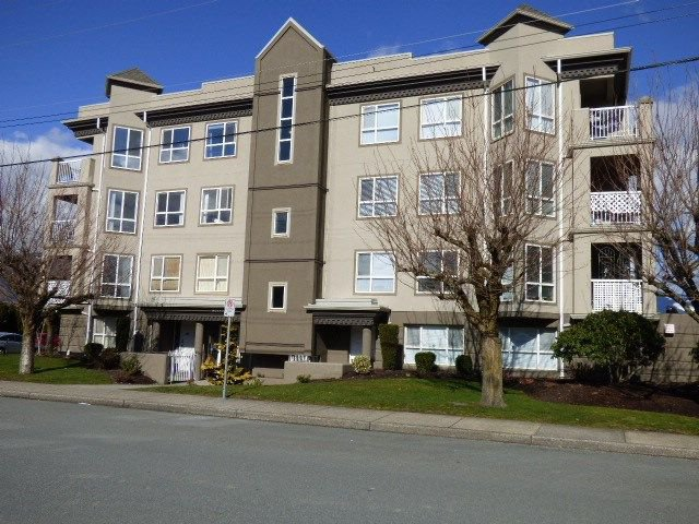 "Photo 1: Photos: 406 45773 VICTORIA Avenue in Chilliwack: Chilliwack N Yale-Well Condo for sale in ""The Victorian"" : MLS®# R2245934"