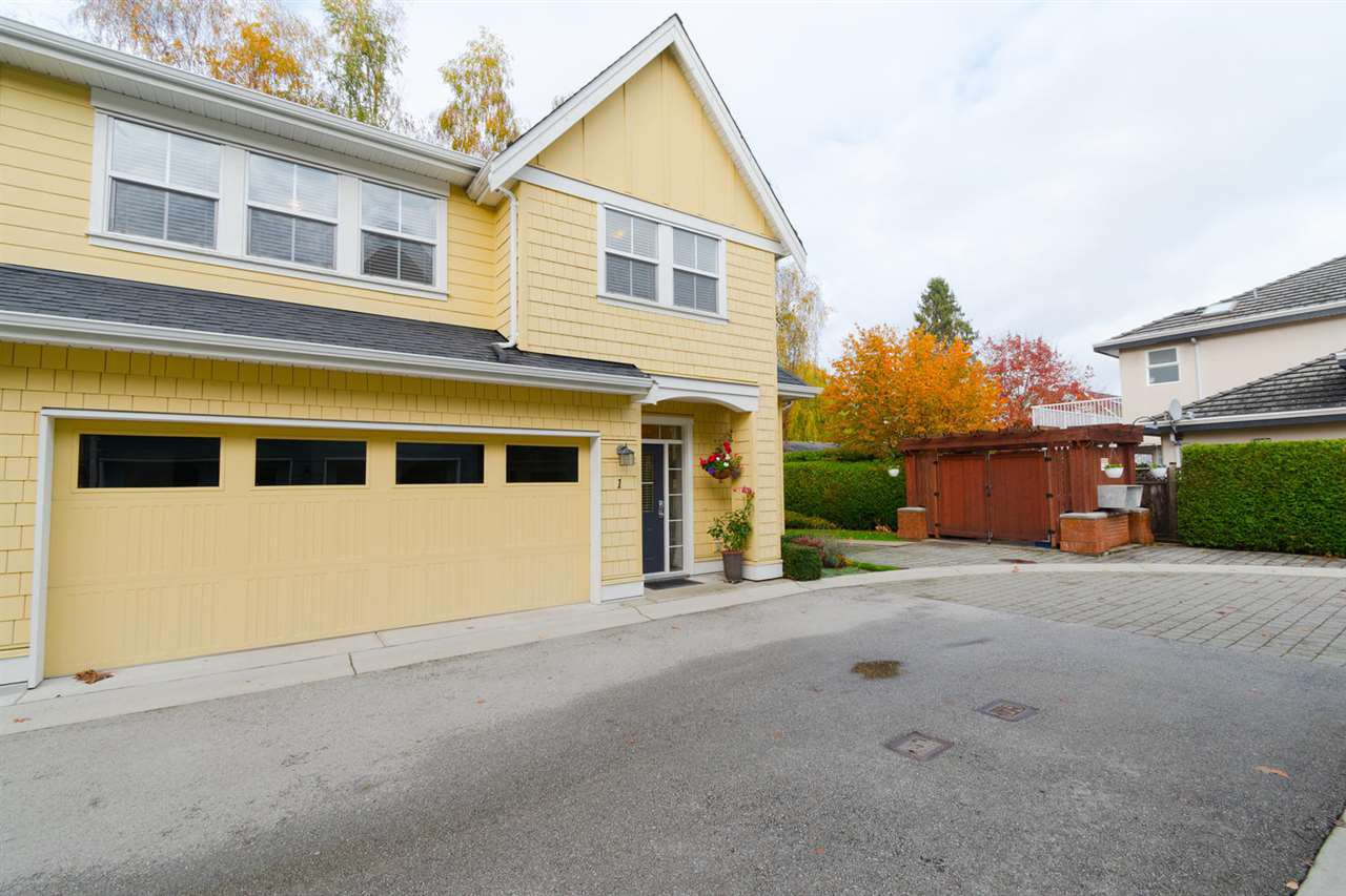 """Photo 2: Photos: 1 4887 CENTRAL Avenue in Delta: Hawthorne Townhouse for sale in """"CENTRAL PARK WEST"""" (Ladner)  : MLS®# R2320085"""