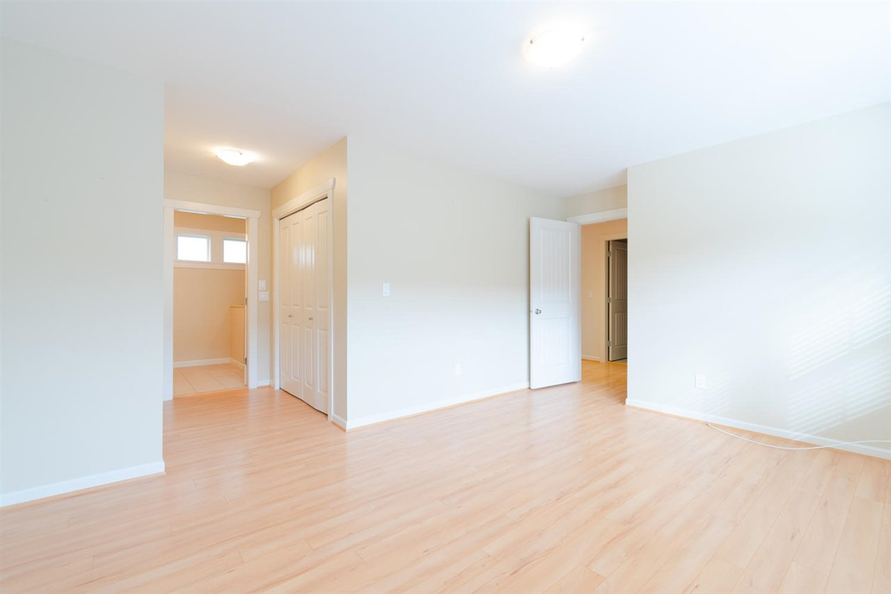 """Photo 12: Photos: 1 4887 CENTRAL Avenue in Delta: Hawthorne Townhouse for sale in """"CENTRAL PARK WEST"""" (Ladner)  : MLS®# R2320085"""