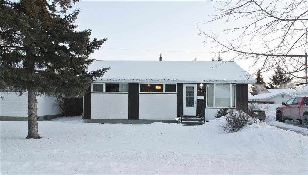 Main Photo: 622 Coldstream Avenue in Winnipeg: East Transcona Residential for sale (3M)  : MLS®# 202003293