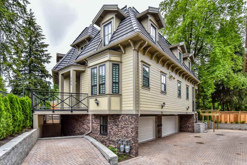 Main Photo: 104 658 HARRISON Avenue in Coquitlam: Coquitlam West Townhouse for sale : MLS®# R2494360
