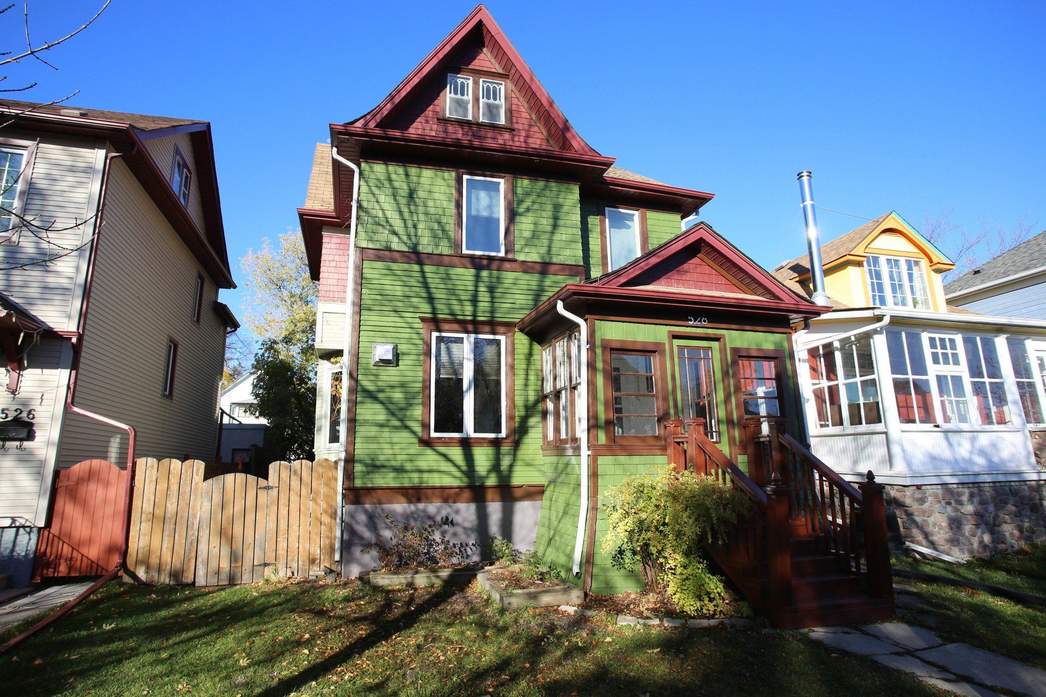 Welcome to 528 Telfer St. South in Wolseley