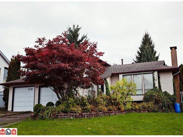 "Main Photo: 8720 151 Street in Surrey: Bear Creek Green Timbers House for sale in ""Fleetwood"" : MLS®# F1125086"