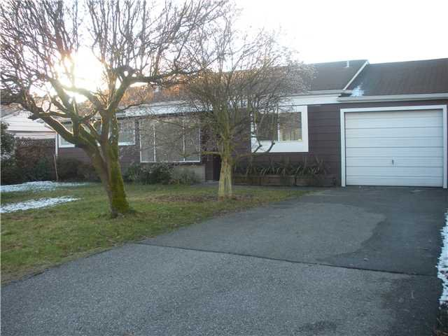 """Main Photo: 1171 BEECHWOOD in North Vancouver: Norgate House for sale in """"Norgate"""" : MLS®# V925677"""