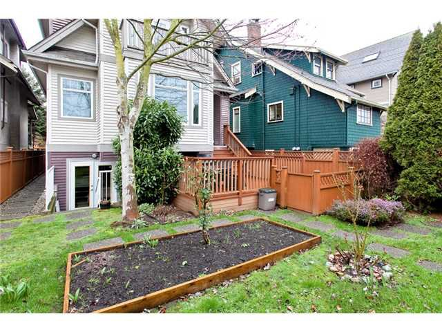 Photo 10: Photos: 2818 W 3RD Avenue in Vancouver: Kitsilano Condo for sale (Vancouver West)  : MLS®# V935463
