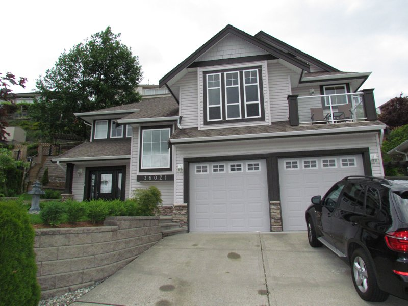 Main Photo: 36021 SPYGLASS CRT in ABBOTSFORD: Abbotsford East House for rent (Abbotsford)