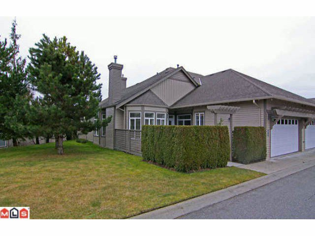 "Main Photo: 25 14909  32ND AV in Surrey: King George Corridor Townhouse for sale in ""PONDEROSA STATION"" (South Surrey White Rock)  : MLS®# F1105440"