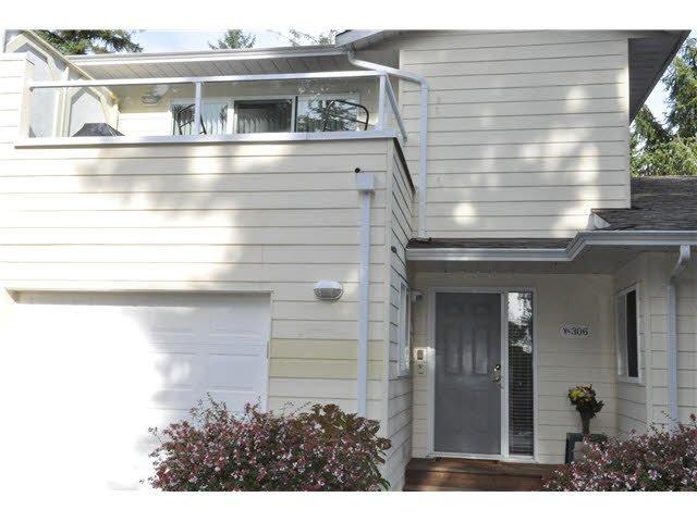 "Main Photo: 306 1585 FIELD Road in Sechelt: Sechelt District Townhouse for sale in ""PORT STALASHAN"" (Sunshine Coast)  : MLS®# V1089650"