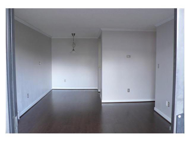 """Photo 2: Photos: 305 2885 SPRUCE Street in Vancouver: Fairview VW Condo  in """"FAIRVIEW GARDENS"""" (Vancouver West)  : MLS®# V1104941"""