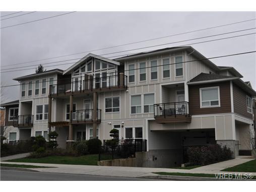 Main Photo: 213 938 Dunford Ave in VICTORIA: La Langford Proper Condo for sale (Langford)  : MLS®# 692031