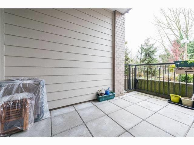 """Photo 2: Photos: 110 2343 ATKINS Avenue in Port Coquitlam: Central Pt Coquitlam Condo for sale in """"THE PEARL"""" : MLS®# V1140394"""