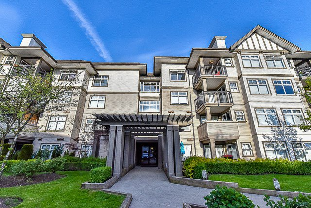 "Main Photo: 144 27358 32 Avenue in Langley: Aldergrove Langley Condo for sale in ""WILOW CREEK ESTATES"" : MLS®# R2057908"