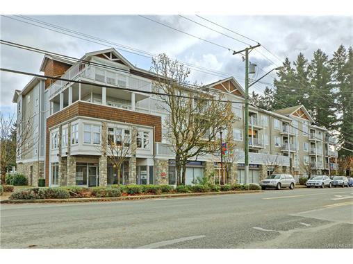 Main Photo: 303 2823 Jacklin Rd in VICTORIA: La Langford Proper Condo for sale (Langford)  : MLS®# 746730