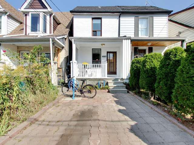 Main Photo: 487 Main Street in Toronto: Crescent Town House (2-Storey) for sale (Toronto E03)  : MLS®# E3938590