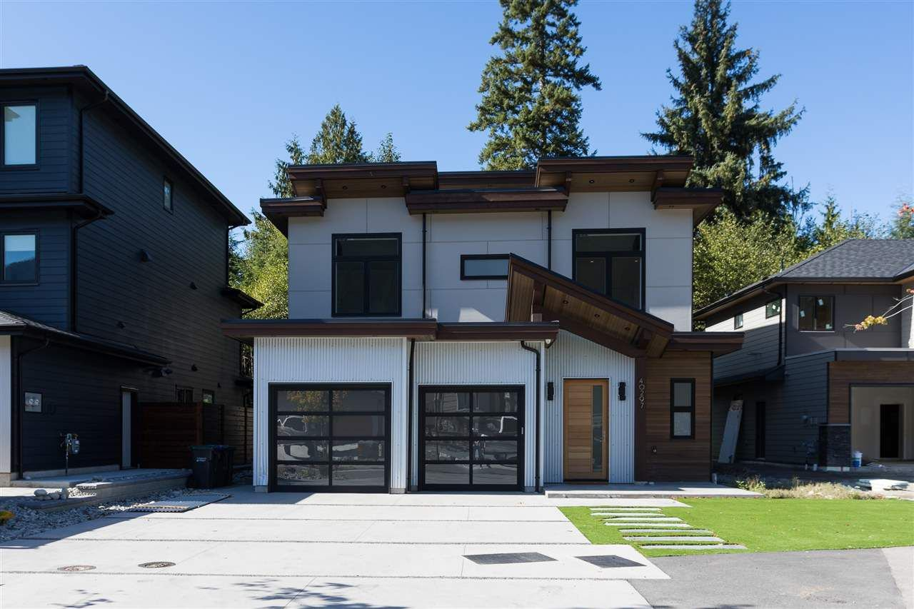 "Main Photo: 40297 ARISTOTLE Drive in Squamish: University Highlands House for sale in ""University Meadows"" : MLS®# R2211290"