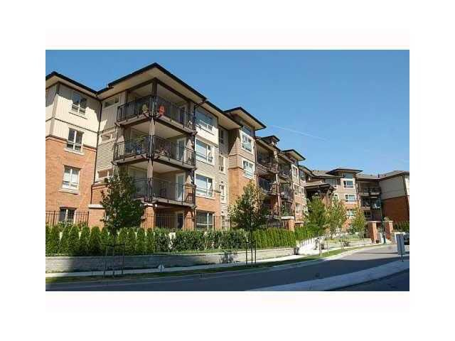 Main Photo: 104 600 KLAHANIE DRIVE in Port Moody: Port Moody Centre Condo for sale : MLS®# R2239996