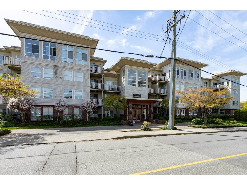 "Main Photo: 414 522 SMITH Avenue in Coquitlam: Coquitlam West Condo for sale in ""SEDONA"" : MLS®# R2259970"