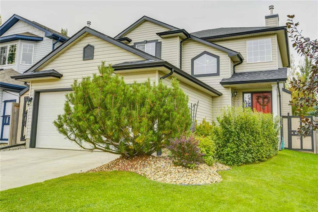 Main Photo: 387 MILLRISE Square SW in Calgary: Millrise Detached for sale : MLS®# C4203578