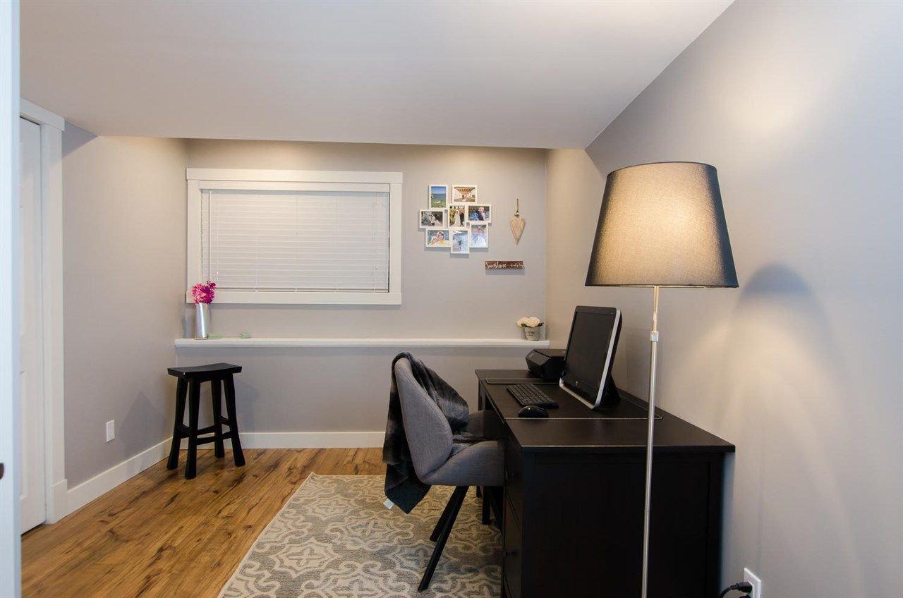 Photo 18: Photos: 17256 62 Avenue in Surrey: Cloverdale BC House for sale (Cloverdale)  : MLS®# R2310093